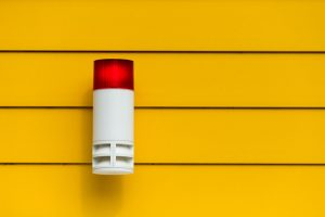 insert-formations-secourisme-incendiealarm-system-2136501_1920
